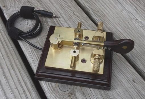 Pasti�ka jednop��kov� cootie key magnetick� W1SFR