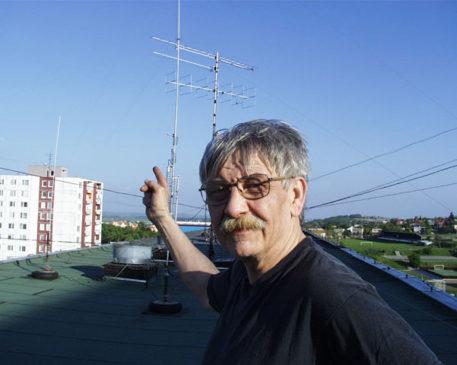 Laco OM5LD na streche pod anténami