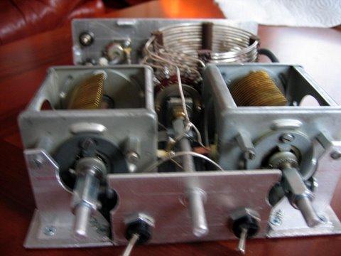 Ladiace kondenzátory